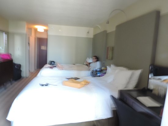 Crowne Plaza Chicago West Loop: Nuestro dormitorio