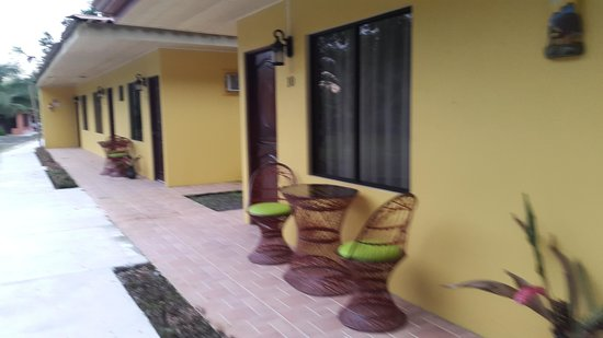Hotel Lavas del Arenal: Habitaciones de planta baja