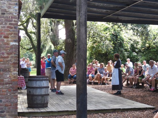 Boone Hall Plantation : The Gullah Experience