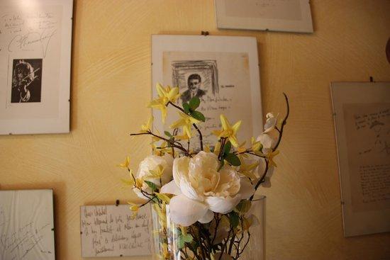 Hotel au Vieux Logis : saint loubes pays de Max Linder