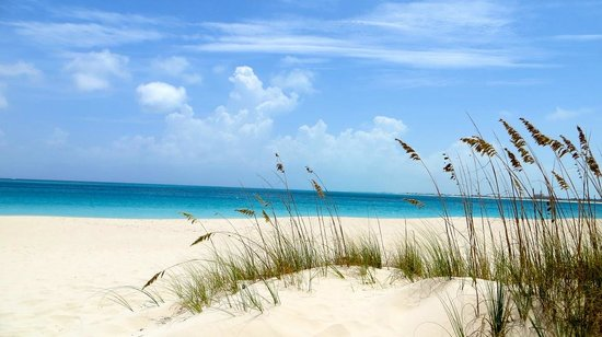 Grace Bay Beach (very few people on beach near at Point Grace)