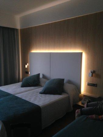Intertur Hotel Hawaii Ibiza : bedroom