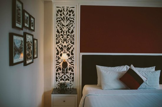 Oriental Central Hotel: room
