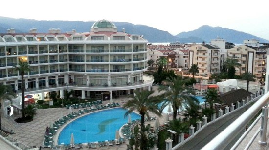Grand Pasa Hotel: View from balcony
