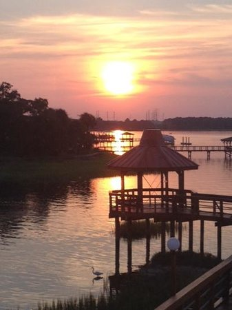 Sunset Grille: amazing sunset!