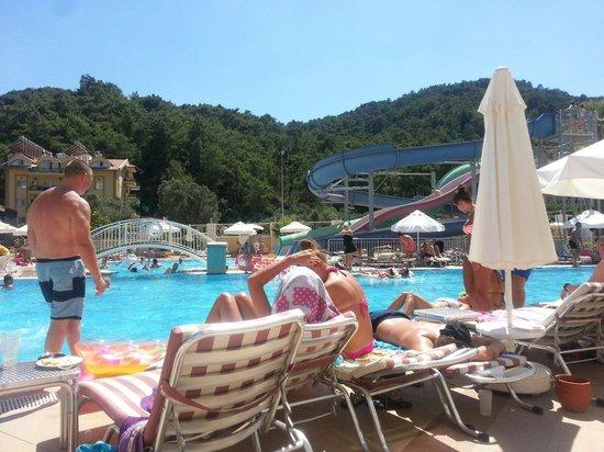 Grand Pasa Hotel: Slides