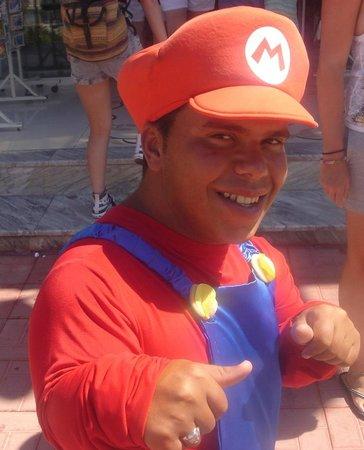 SENTIDO Phenicia: Super Mario being super!