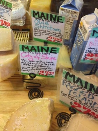 Maine Foodie Tours - Culinary Walking Tours : cheese shop