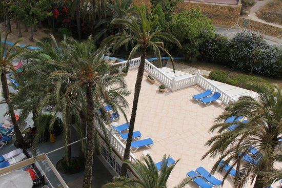 Apartotel Magic Monika Holidays : Y tambien en solarium.