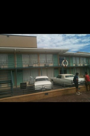 National Civil Rights Museum - Lorraine Motel: Outside of Lorraine Motel