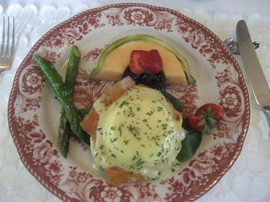 Auberge J.A. Moisan: Main breakfast
