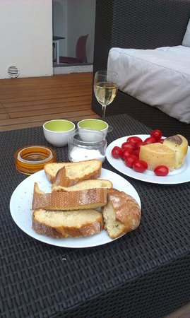 Alessandro Cammilli Private Tours : Dinner with goods purchased on our day trip