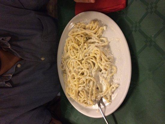 Antica Taverna Pia da Bobbo : Cacio, pepe e ricotta!