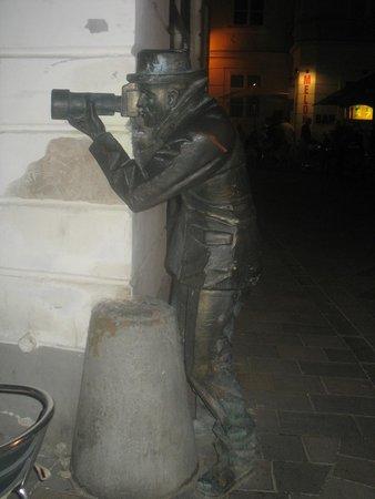 Bratislava Old Town: paparazzi