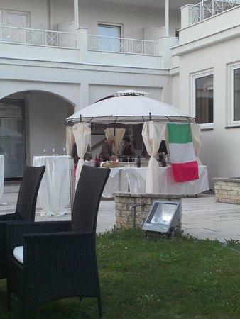 """Parkhotel Residence: Serata """"italiana"""": che spettacolo!"""