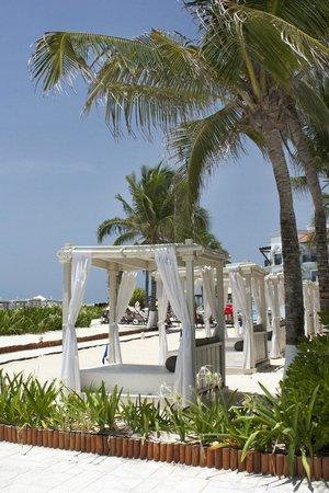 The Royal Playa del Carmen: Beautiful beach