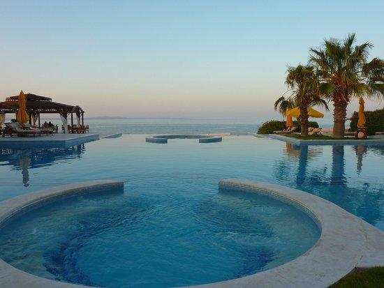The Oberoi Sahl Hasheesh: Beautiful swimming pool