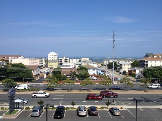 Hampton Inn & Suites Ocean City: Ocean view from the balcony