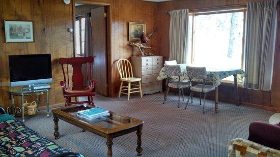 Bodins Resort: White Cabin