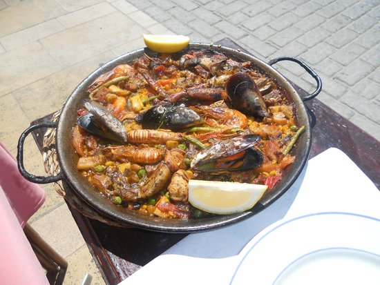 Marisqueria internacional: paella