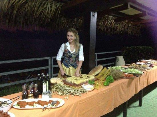 Hotel Villaggio Stromboli : Larissa