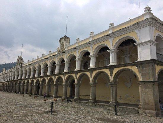 La Plaza (Parque Central): Площадь