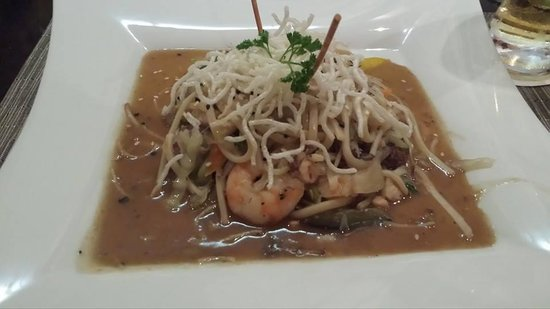 Beach Palace: Seafood Chowmein @ Wok Asian Restaurant