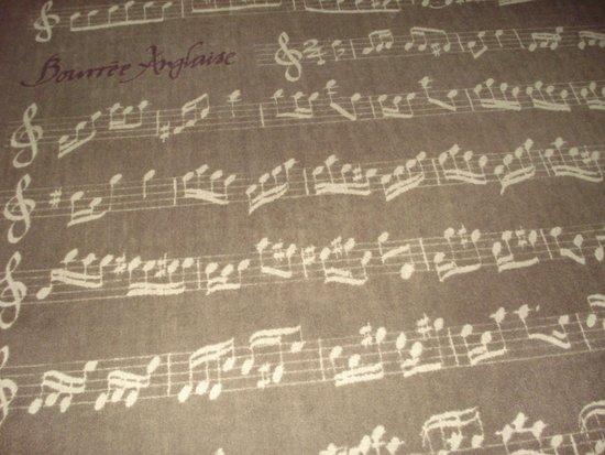 Hotel Majestic : Musical motif, bedroom carpet