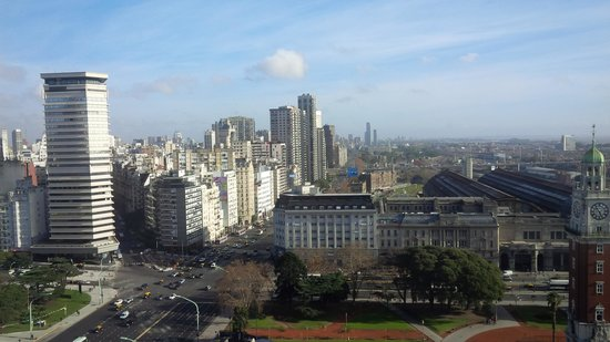 Sheraton Buenos Aires Hotel & Convention Center : View looking north