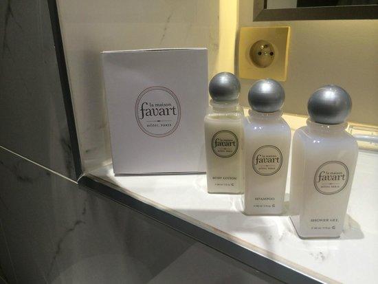La Maison Favart: Bath
