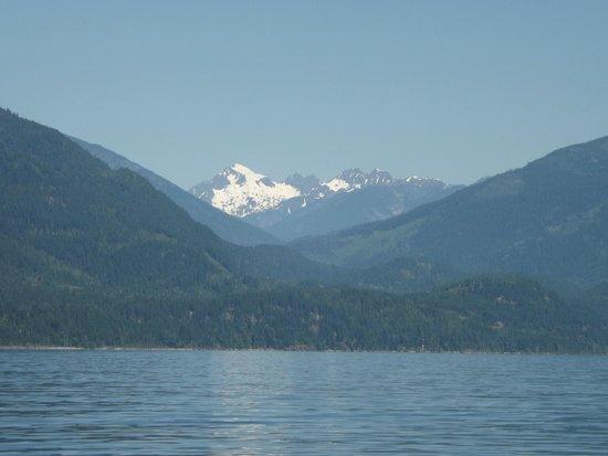 Woodbury Resort & Marina: View on Kootenay Lake