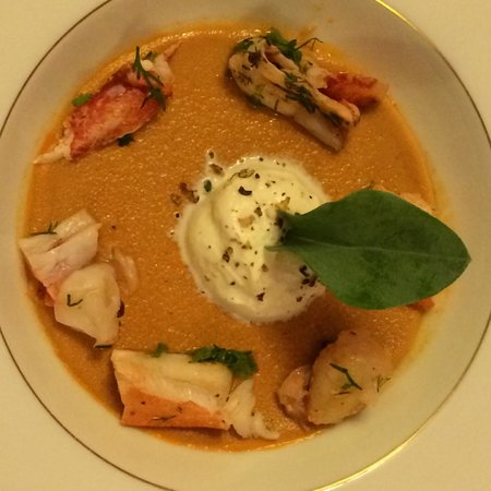 Les Chaumieres de Nexon : You never tasted lobster bisque like this!!!
