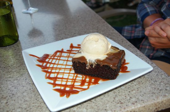 The Bluff Restaurant at Friday Harbor House: Chocolate Coffee Cake