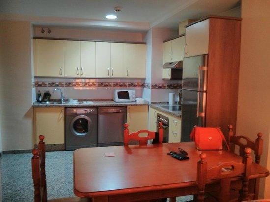 Apartamentos NuriaSol: cocina