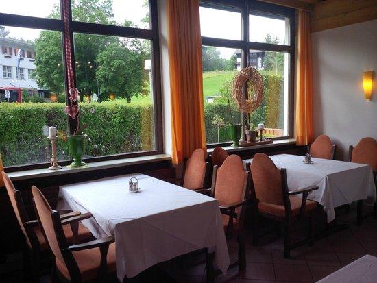 Alpine Well&Fit Hotel Eagles-Astoria Innsbruck-Igls : Dinning area