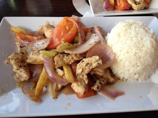 Ceviche Hut: Sauteed Chicken and vegetables