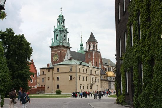Wawel Royal Castle: View of some of the castle grounds