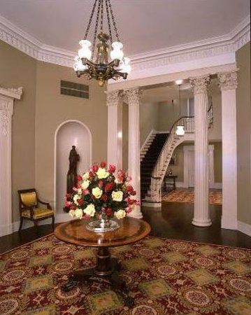 Mississippi Governor's Mansion: Foyer