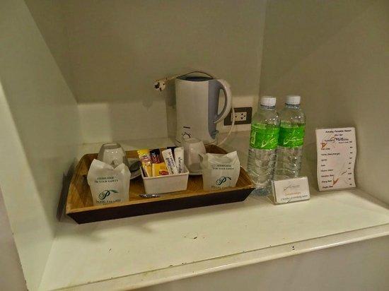 Aonang Paradise Resort: Steht jeden Tag zur Verfügung: Caffe, Tee & gratis Wasser