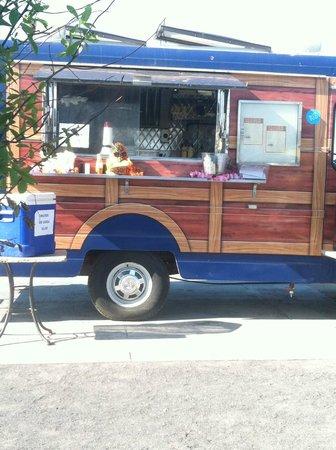 Atlantic City Boardwalk: Scales food truck and bar at Gardners Basin