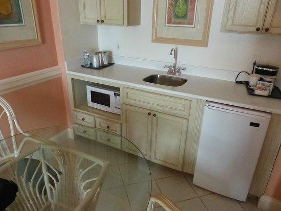 Radisson Resort at the Port: good size kitchen