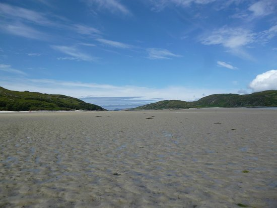 Silver Sands of Morar: View at low tide towards the islands