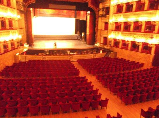 Teatro di San Carlo: Platea dalle Logge