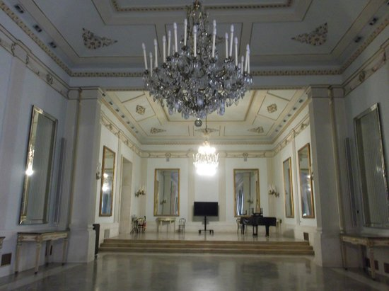 Teatro di San Carlo: Foyer