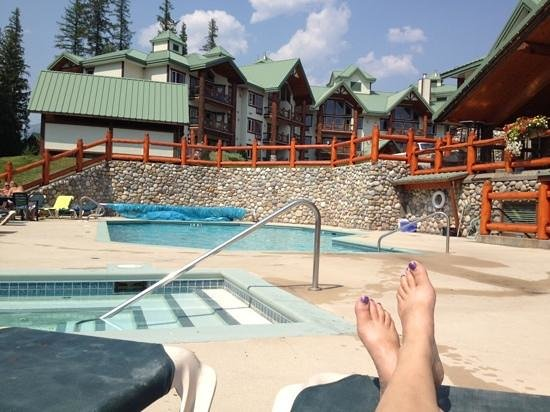 Lizard Creek Lodge : the pool