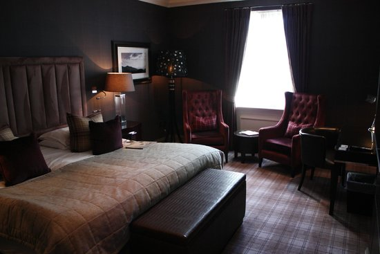 Cameron House on Loch Lomond: A wonderfully comfortable room - and a great view!