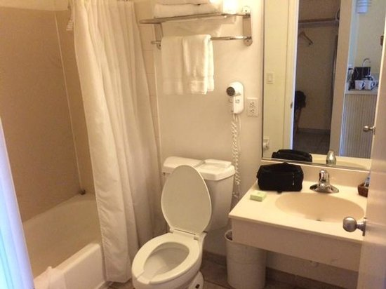 Pelican Bay at Lucaya : bathroom