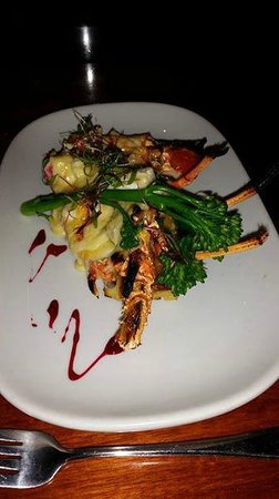 Redmanna Waterfront Restaurant: Crayfish mornay