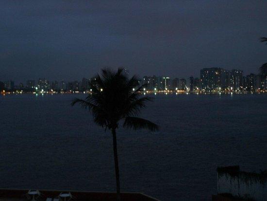 Ilha Porchat Hotel: Final de tarde com toque bucólico...