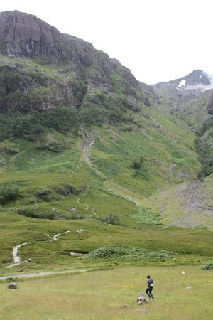 Glen Coe: Up path up the mountain